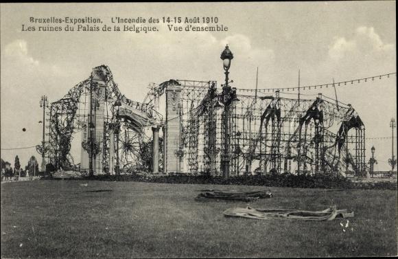 Ak Bruxelles Brüssel, Exposition 1910, Incendie, ruines du Palais de la Belgique, Brandkatastrophe 0