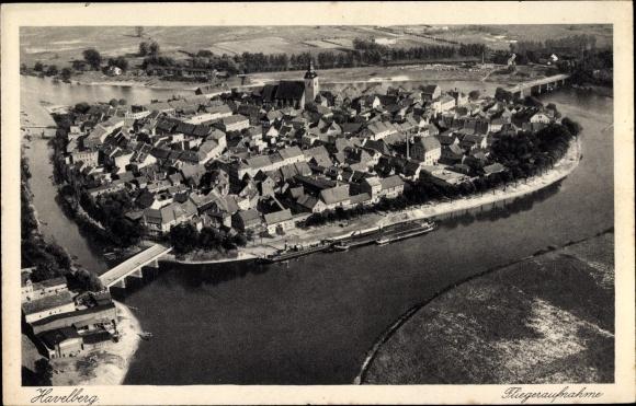Ak Havelberg in Sachsen Anhalt, Fliegeraufnahme vom Ort 0