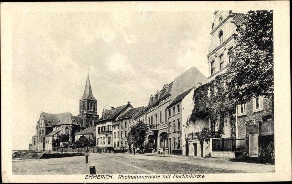 Ak Emmerich am Niederrhein, Blick über die Rheinpromenade zur Martinskirche 0