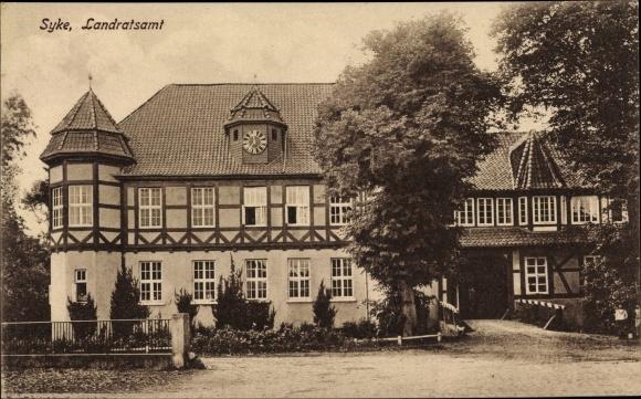 Ak Syke in Niedersachsen, Blick auf das Landratsamt, Vorderansicht 0