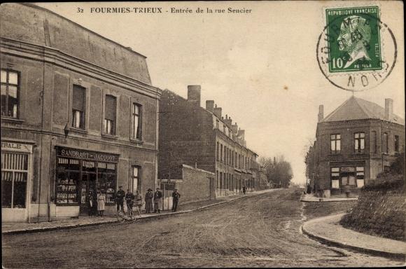 Ak Fourmies Trieux Nord, Entrée de la rue Sencier, Geschäft Sandrart Jacquot 0