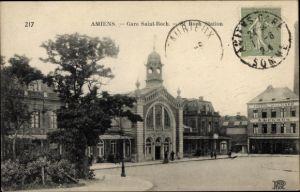 Ak Amiens Somme, Gare Saint Roch, Blick auf den Bahnhof, Straßenseite