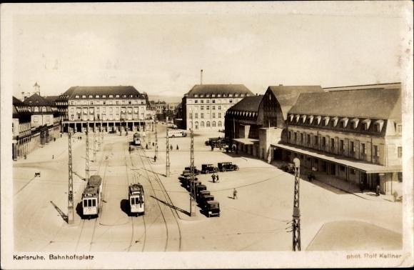 Ak Karlsruhe in Baden Württemberg, Blick auf den Bahnhofsplatz