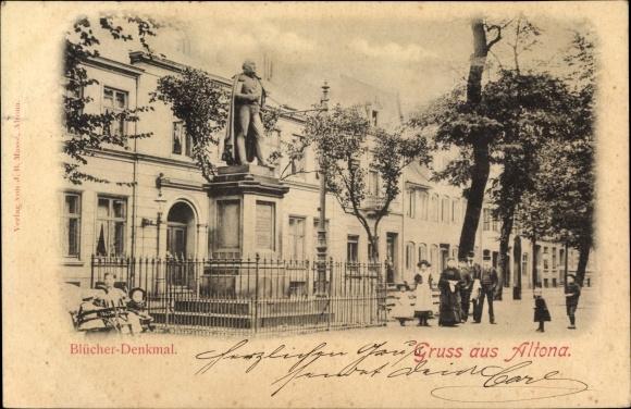 Ak Hamburg Altona, Blücher Denkmal, Standbild, Passanten