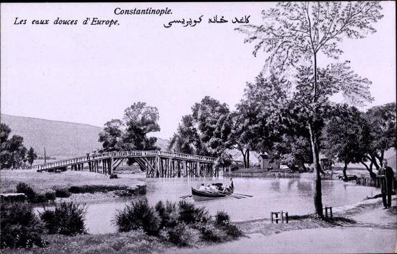 Ak Konstantinopel Istanbul Türkei, Les eaux douces d'Europe, Flusspartie, Ruderboot