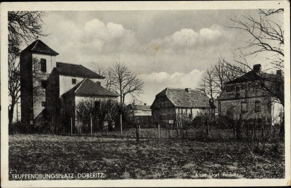 Ak Dallgow Döberitz im Havelland, Truppenübungsplatz, Partie am alten Dorf Ferbitz