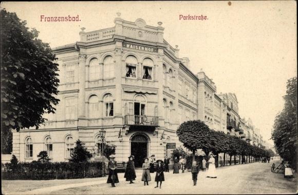 Ak Františkovy Lázně Franzensbad Reg. Karlsbad, Parkstraße, Gebäude