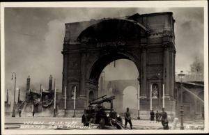 Ak Wien 2. Leopoldstadt Österreich, Brand der Rotunde, 17.IX.1937, Feuerwehr Einsatzwagen