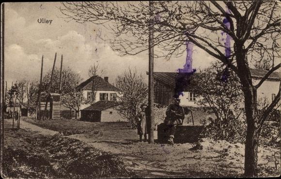Ak Olley Lothringen Meurthe et Moselle, Teilansicht der Ortschaft, Soldat, Kind, Häuser