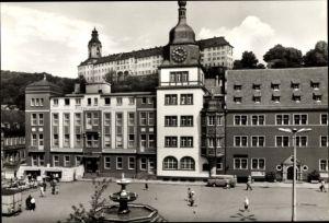 Ak Rudolstadt in Thüringen, Rathaus, Schloss Heidecksburg, Hotel Zum Löwen, Brunnen, Passanten
