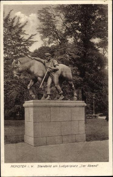 Ak Münster in Westfalen, Standbild am Ludgeriplatz Der Abend, Bauer mit Pferd
