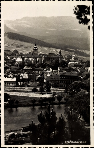 Ak Ružomberok Rosenberg Slowakei, Vogelschau auf den Ort