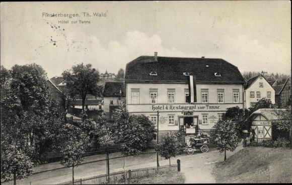 Ak Finsterbergen Friedrichroda Thüringen, Hotel zur Tanne, Straßenpartie, Kutsche, Stadtansicht