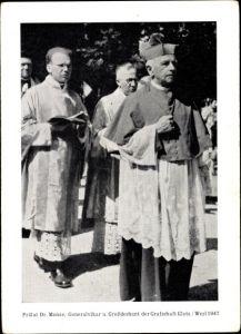 Ak Prälat Dr. Monse, Generalvikar und Großdechant der Grafschaft Glatz, Werl 1947