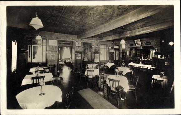 Ak Meerane in Sachsen, Restaurant vom Härtels Hotel, Besitzer K. H. Naunapper