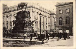 Ak Berlin Mitte, Belgische Geschütze am Denkmal Friedrich des Großen