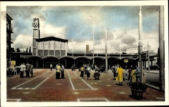 Ak Arnhem Gelderland Niederlande, Stationsplein, Station N S.