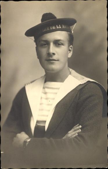 Foto Ak Französischer Matrose, Portrait, Tellermütze, Mützenband Ministre de la Marine