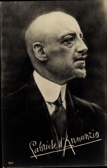 Künstler Ak Italienischer Schriftsteller und Dichter Gabriele d'Annunzio, Portrait