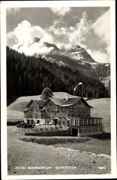 Ak Schröcken in Vorarlberg, Hotel Mohnenfluh, Landschaftsblick