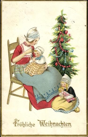 Ak Glückwunsch Weihnachten, Mutter mit zwei Kindern, Weihnachtsbaum, Puppe