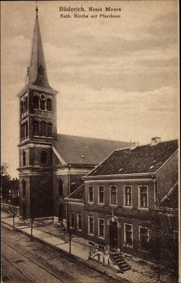 Ak Büderich Wesel am Niederrhein, Kath. Kirche mit Pfarrhaus