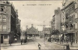 Ak Dunkerque Duunkerke Frankreich, L'Avenue de la Gare, Bahnhof