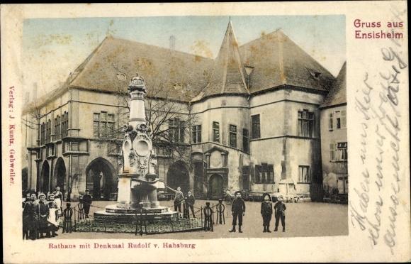 Ak Ensisheim Elsass Haut Rhin, Rathaus m. Denkmal Rudolf v. Habsburg, Kindergruppe