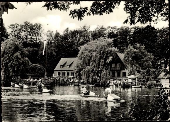 Ak Neukloster Buxtehude in Niedersachsen, Klosterkrug von W. Beckmann, Tretbootpartie
