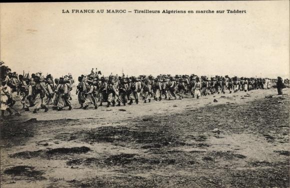 Ak Marokko, La France au Maroc, Tirailleurs Algériens en marche sur Taddert