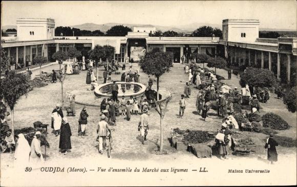 Ak Oudjda Oujda Marokko, Vue d'ensemble du marché aux légumes