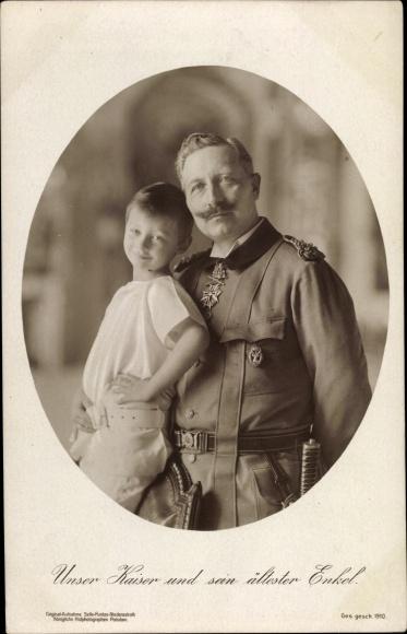 Ak Kaiser Wilhelm II. von Preußen mit seinem ältesten Enkel, Uniform, Orden, NPG