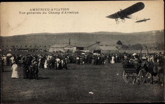 Ak Ambérieu en Bugey Ain, Champ d'Aviation, Flugfeld, Hangars, Flugzeug, Zuschauer