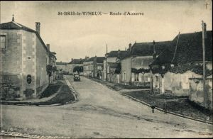 Ak Saint Bris le Vineux Yonne, Route d'Auxerre, vecteur