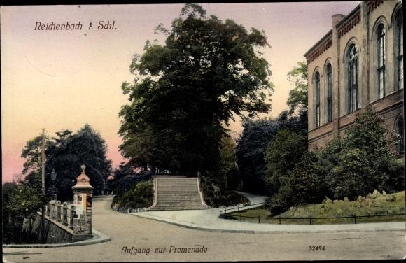 Ak Dzierżoniów Reichenbach Eulengebirge Schlesien, Aufgang zur Promenade