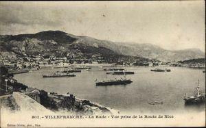 Ak Villefranche sur Mer Alpes Maritimes, La Rade, Vue prise de la Route de Nice