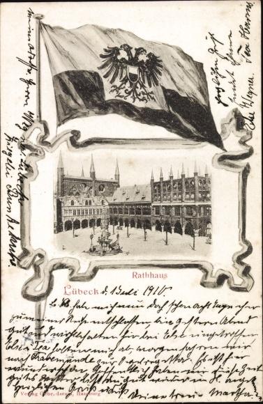 Wappen Ak Lübeck in Schleswig Holstein, Rathaus, Gesamtansicht, Fahne Preussens mit Adler Wappen