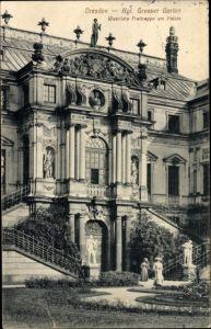 Ak Dresden Zentrum Altstadt, Kgl. Großer Garten, Westliche Freitreppe am Palais