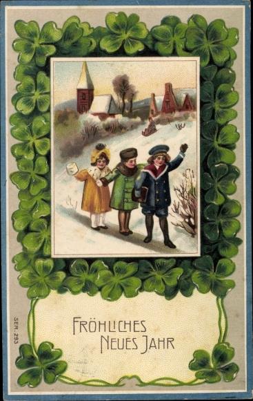 Präge Ak Glückwunsch Neujahr, Kleeblätter, Kinder, Winterszene