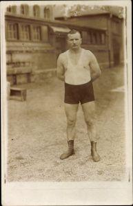 Foto Ak Ringer oder Gewichtheber in Sportkleidung, Portrait