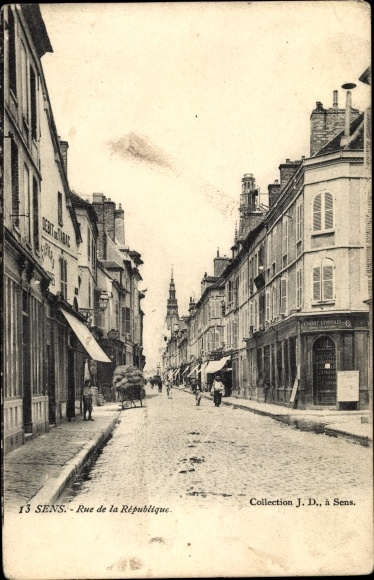 Ak Sens Yonne, Rue de la Republique, Debit de Tabac, Credit Lyonnais, Geschäfte