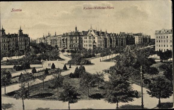 Ak Szczecin Stettin Pommern, Kaiser Wilhelm Platz, Park, Häuserfassaden