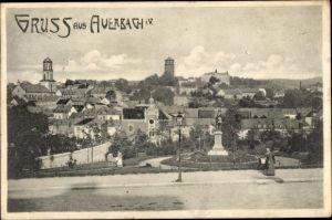 Ak Auerbach im Vogtland Sachsen, Panorama vom Ort, Denkmal, Straßenpartie