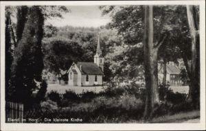 Ak Elend Oberharz am Brocken, Blick zur kleinsten Kirche Deutschlands