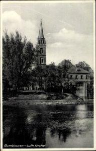 Ak Gussew Gumbinnen Ostpreußen, Luth. Kirche, Teilansicht, Uferpartie, Haus