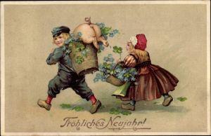 Präge Ak Glückwunsch Neujahr, Paar, Schwein, Vergissmeinnicht