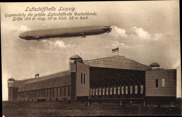 Ak Leipzig, Zeppelin Luftschiff LZ 17 Sachsen über der Luftschiffhalle