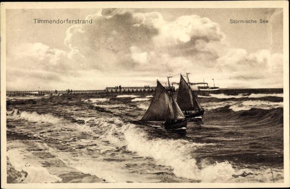Ak Timmendorfer Strand in Ostholstein, Stürmische See, Segelboote, Dampfer, Landungsbrücken