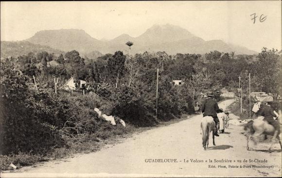 Ak Guadeloupe, Le Volcan la Soufrière vu de St. Claude