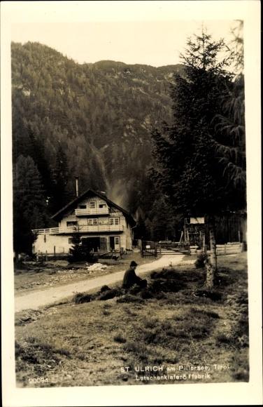 Ak St. Ulrich am Pillersee in Tirol, Latschenkieferölfabrik